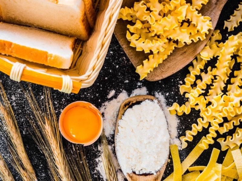wieviel kohlenhydrate fett eiweiß am tag zum abnehmen