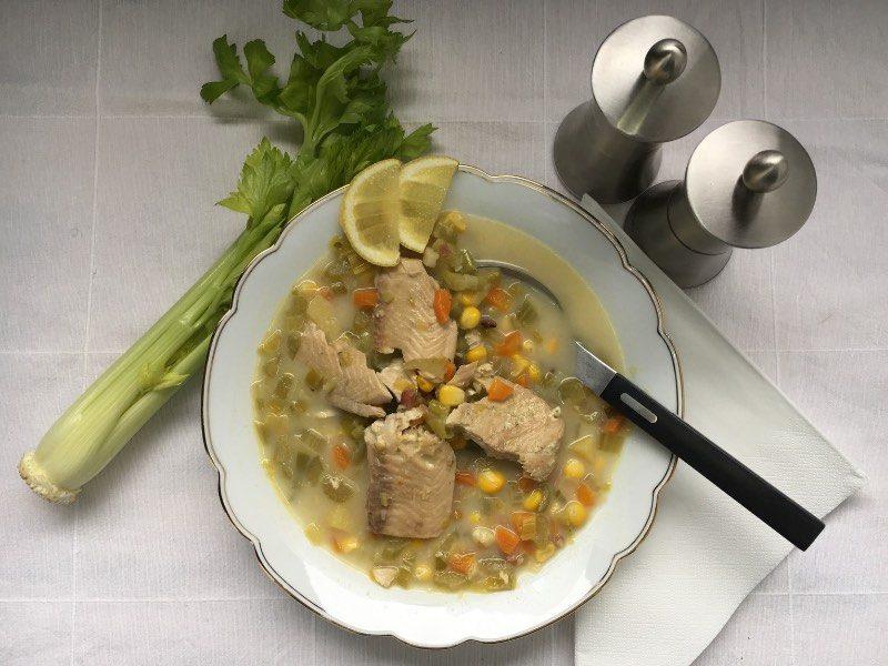 Suppen-Rezept: Fischsuppe mit Mais