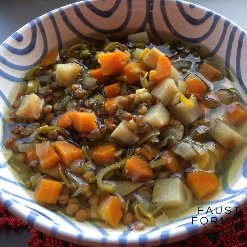 Slow Cooker-Rezept: Linsensuppe mit Speck